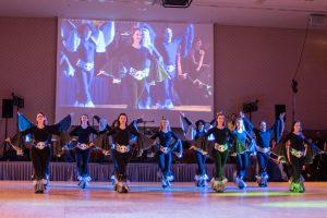 Irish Fire im ABBA-Stil als Showeinlage am Schwebachball 2015